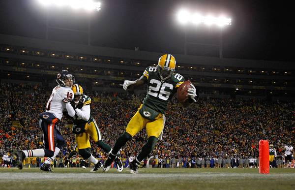 "<a class=""taxInlineTagLink"" id=""ORSPT000042"" title=""Green Bay Packers"" href=""/topic/sports/football/green-bay-packers-ORSPT000042.topic"">Green Bay Packers</a> cornerback <a class=""taxInlineTagLink"" id=""PESPT0014201"" title=""Sam Shields"" href=""/topic/sports/football/sam-shields-PESPT0014201.topic"">Sam Shields</a> hits <a class=""taxInlineTagLink"" id=""ORSPT000036"" title=""Chicago Bears"" href=""/topic/sports/football/chicago-bears-ORSPT000036.topic"">Chicago Bears</a> wide receiver <a class=""taxInlineTagLink"" id=""PESPT0000008661"" title=""Johnny Knox"" href=""/topic/sports/football/johnny-knox-PESPT0000008661.topic"">Johnny Knox</a> as Green Bay Packers safety <a class=""taxInlineTagLink"" id=""PESPT0014078"" title=""Charlie Peprah"" href=""/topic/sports/football/charlie-peprah-PESPT0014078.topic"">Charlie Peprah</a> intercepts <a class=""taxInlineTagLink"" id=""PESPT0000018703"" title=""Jay Cutler"" href=""/topic/sports/football/jay-cutler-PESPT0000018703.topic"">Jay Cutler</a> in the end zone in the third quarter as the Chicago Bears lost 10-3 to the Green Bay Packers at <a class=""taxInlineTagLink"" id=""PLREC000132"" title=""Lambeau Field"" href=""/topic/sports/football/lambeau-field-PLREC000132.topic"">Lambeau Field</a>."