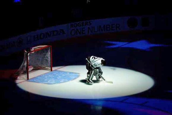 Jonathan Quick will be in the spotlight during the second-round series against St. Louis.