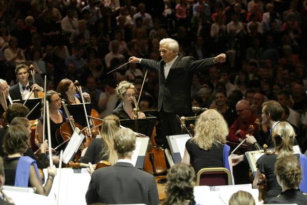 Music director Vladimir Ashkenazy conducts the European Union Youth Orchestra performing at Royal Albert Hall in London in 2006.