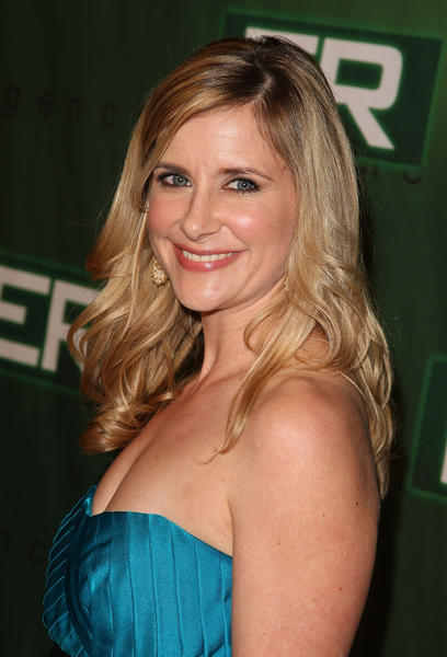 "Kellie Martin joins cast of Lifetime's ""Army Wives,"" alongside her former TV mom, Patti Lupone. You watch this show, right?"