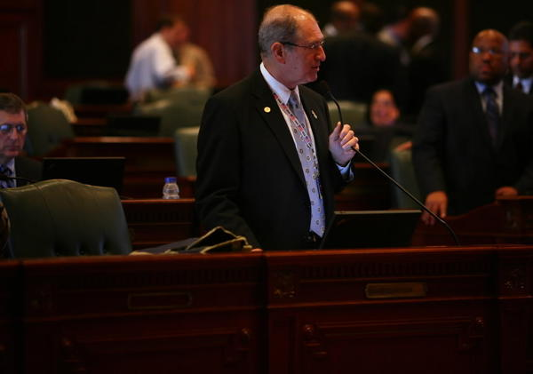 Rep. Sid Mathias, R-Buffalo Grove, seen here last week, got fugitive legislation through the House 114-0 today.