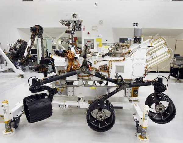 The Mars rover Curiosity, in the clean room at JPL in La Canada Flintridge on Monday, April 4, 2011. The rover is expected to land on the Red Planet in August. (Tim Berger/Staff Photographer)
