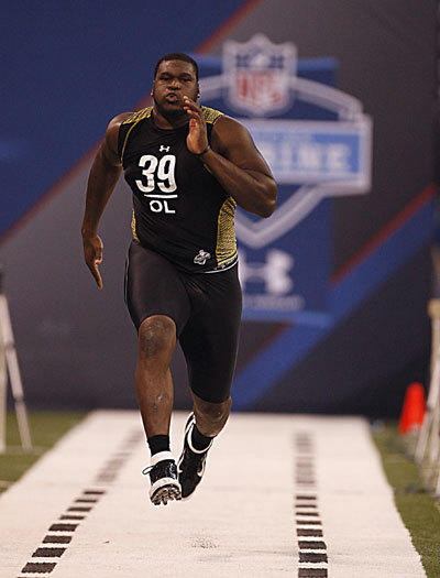 Kelechi Osemele, a lineman out of Iowa State, runs the 40 at the NFL combine.
