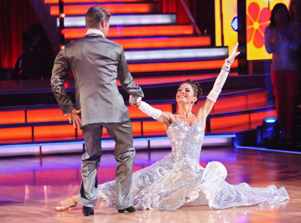 Dancing With the Stars Backstage Scoop: Who's Complaining For More Compliments?