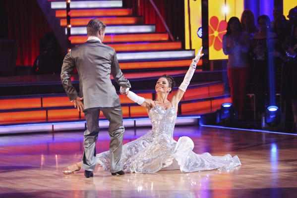 """Derek Hough and Maria Menounos, shown here from last week's Motown episode, continued to dance well on this week's """"Dancing with the Stars."""""""