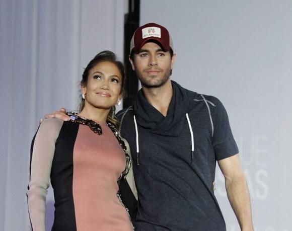 Jennifer Lopez and Enrique Iglesias