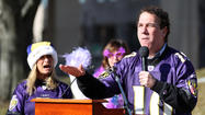 Baltimore County Executive Kevin Kamenetz and some County Council members accepted thousands of dollars' worth of tickets to sporting events from developers and others last year, a practice the county has continued to allow in violation of state ethics standards.