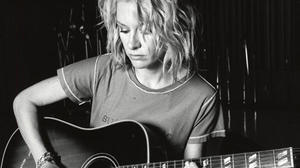 Shelby Lynne's vintage guitars reported stolen after April 5 Norfolk show
