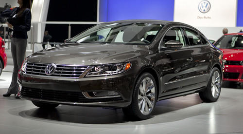 "<a href=""http://www.cars.com/volkswagen/cc/2013/"" target=""_self"">2013 Volkswagen CC prices, photos & reviews</a>"
