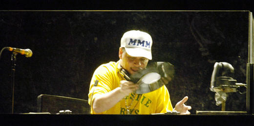 The Beastie Boys through the years: 2004: Mixmaster Mike at the Voodoo Music Experience