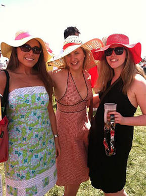"""Beautiful ladies at #Preakness! @kateebee @JessCPlatt @EmmaHayden"""