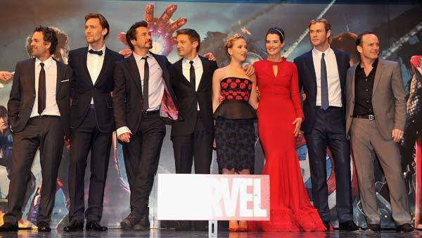 "Actors Mark Ruffalo, Tom Hiddleston, Robert Downey Jr, Jeremy Renner, Scarlett Johansson, Cobie Smulders, Chris Hemsworth and Clark Gregg attend the European Premiere of Marvel Studios' ""The Avengers."""