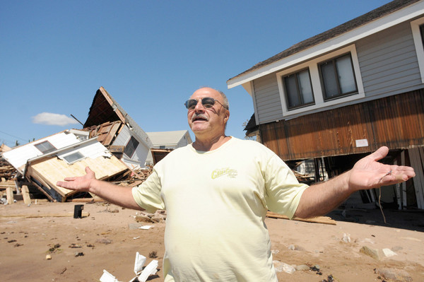 Hurricane Irene in images - Cosey Beach Damage