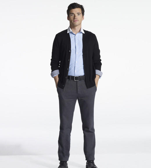 'Pretty Little Liars' Season 3 gallery pictures: Ian Harding as Ezra Fitz