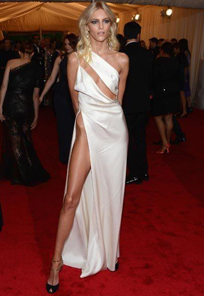 2012 Met Costume Institute Gala red carpet arrival pictures: Anja Rubik