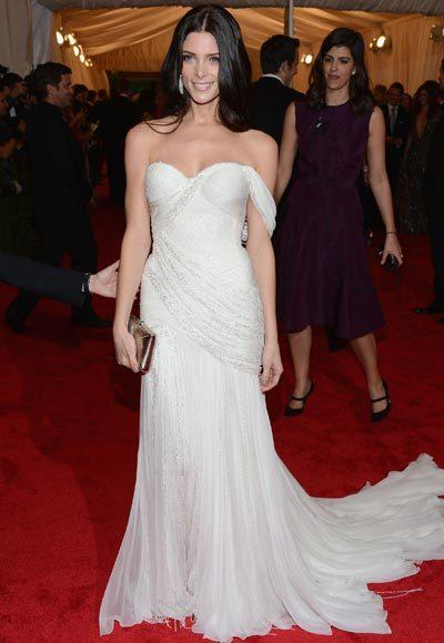 2012 Met Costume Institute Gala red carpet arrival pictures: Ashley Greene