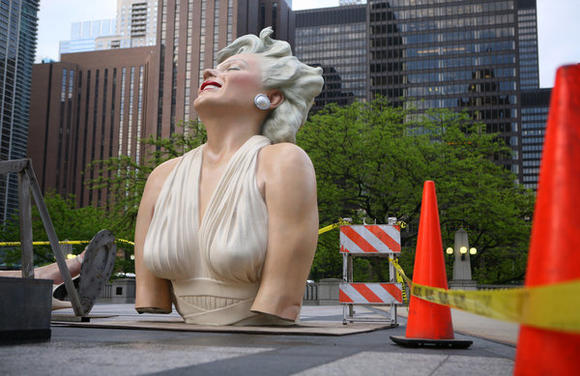 Deconstructing Marilyn