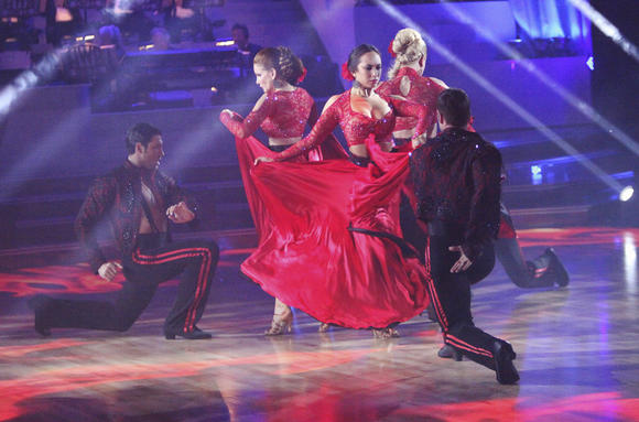 "Team Paso's Melissa & Maks, William & Cheryl, and Donald & Peta battled Team Tango's Katherine & Mark, Maria & Derek, Roshon & Chelsie, Jaleel & Kym, on last week's ""Dancing with the Stars."""