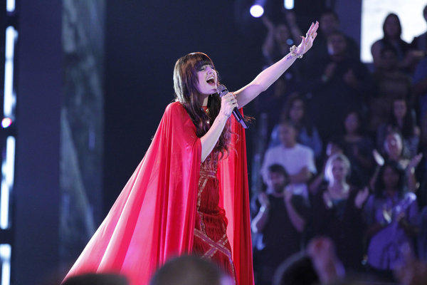 "Juliet Simms performs on ""The Voice."""