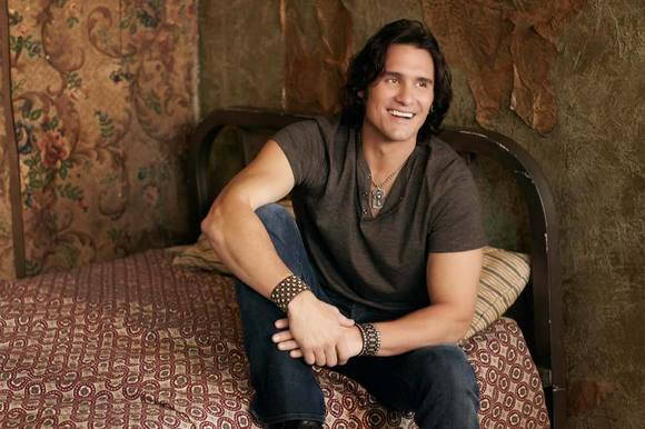 Joe Nichols is scheduled to play a free show in Hampton on May 18, 2012.