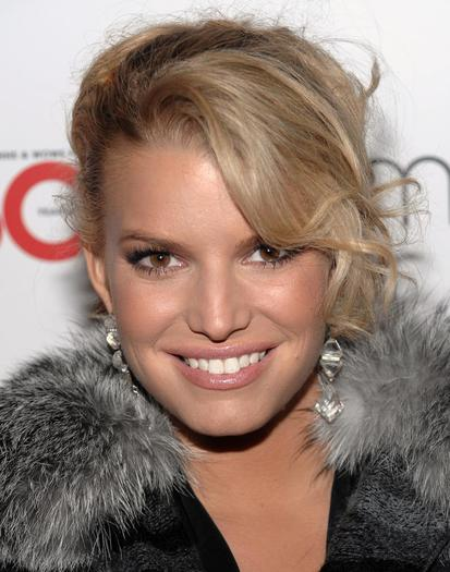 Jessica Simpson Tweets About Baby Maxwell: Motherhood Is the Best Thing Ever