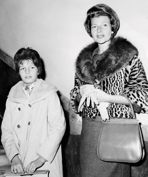 Rita Hayworth, right, pictured with her daughter Yasmina in 1960, was one of Vidal Sassoon's famous clients.