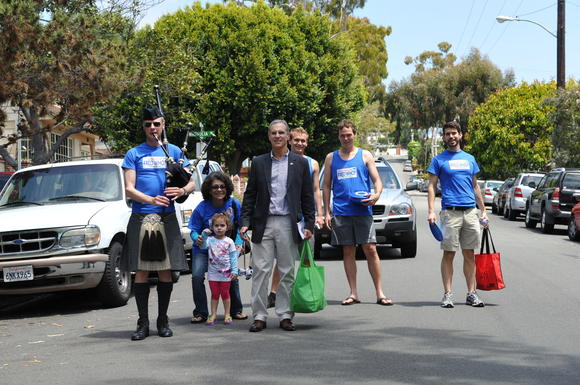 Fred Karger and supporters walked the streets of Laguna on May 5 to talk to voters and hand out Fred Frisbees.