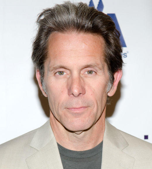 'Desperate Housewives' death toll: RIP: Wayne Davis (Gary Cole)   Cause of death: Shot to death by Katherine Mayfair after accidentally shooting himself in the abdomen.   Will be remembered for: Being the real Dylans father, holding Katherine and Bree hostage to find out the truth about his daughter.