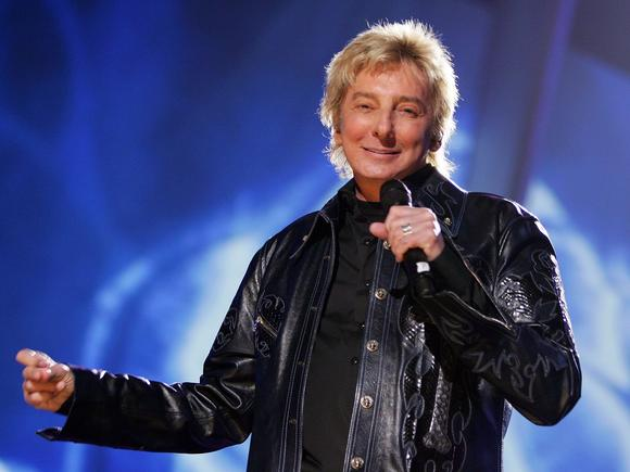 Barry Manilow in 2006