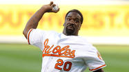 Ed Reed throws out first pitch before Orioles' game