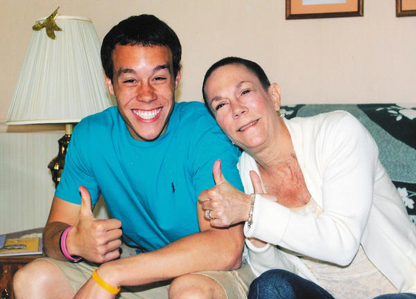 Kelly Bell poses with her son, Lynn M. Lowman Jr., just weeks before her death.