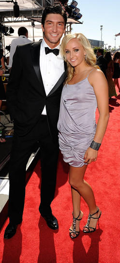 Evan Lysacek and Nastia Liukin on the red carpet at the 2009 ESPYs.