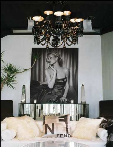Paris Hilton sold her furnished West Hollywood house a few years to fans. Her artwork still graces the walls.