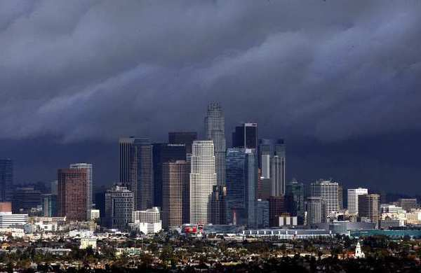 Los Angeles among the most financially distressed regions in U.S.