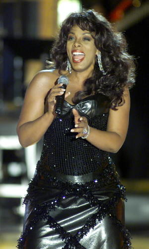 Donna Summer performs at a Divas 2000: A Tribute to Diana Ross in New York.