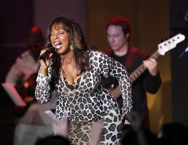 Donna Summer performs with Earth, Wind and Fire in April 2007.