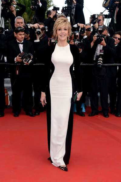 "Actress Jane Fonda attends the ""De Rouille et D'os"" premiere in Stella McCartney."