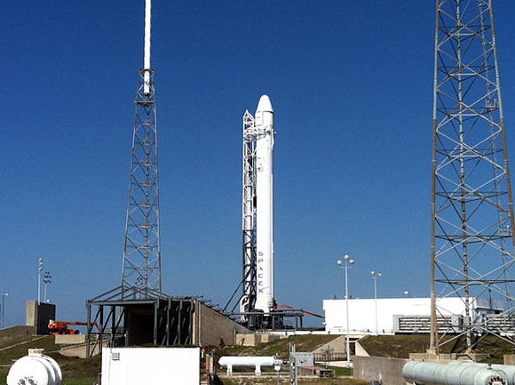 Picture: SpaceX's Falcon 9 rocket on launch pad