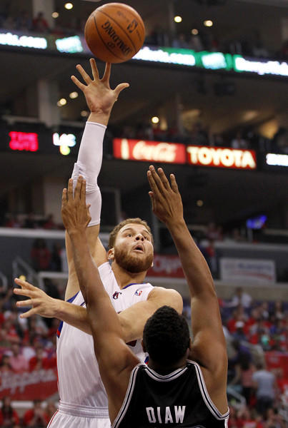 Clippers forward Blake Griffin shoots over the Spurs Boris Diaw in the first quarter of Game 4.