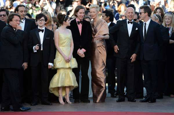 "Jared Gilman, Kara Hayward, Wes Anderson, Tilda Swinton, Bruce Willis and Edward Norton pose before the screening of ""Moonrise Kingdom"" and the opening ceremony of the 65th Cannes film festival."
