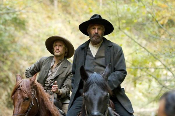 Johnse Hatfield (Matt Barr) and Devil Anse Hatfield (Kevin Costner)