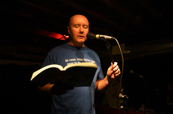 Irvine Welsh performs at the Windy City Story Slam All-City Championships on Saturday.