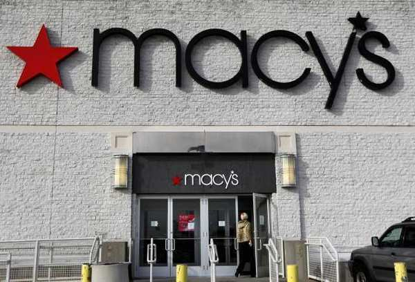 Macy's private label items will be sold on Omei.com starting next spring.