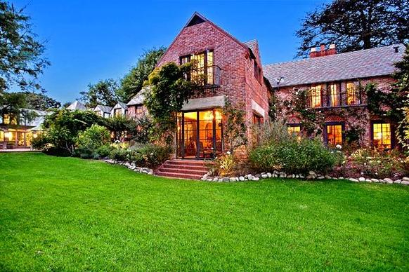 """Chinatown"" writer Robert Towne has listed his estate on the Westside at $12.995 million."