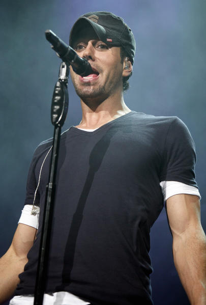 Enrique Iglesias performs at the Q102 Springle Ball at the Wells Fargo Center in Philadelphia on May 22.