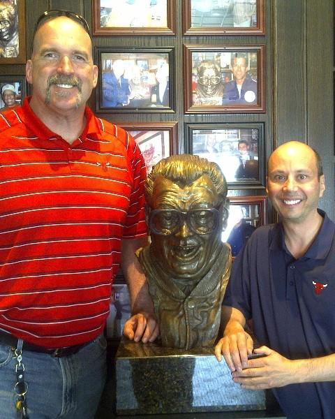 Bulls radio color commentator Bill Wennington (left) and play-by-play broadcaster Chuck Swirsky (right) at Harry Caray's Italian Steakhouse in Lombard May 24, 2012.