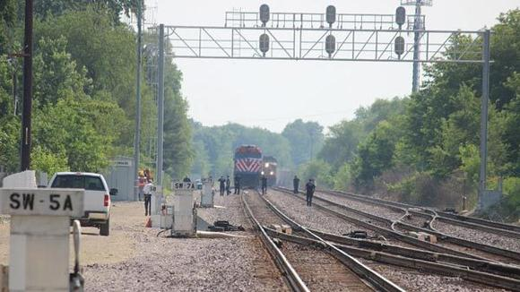 Pedestrian killed after being struck by Metra train in Lombard