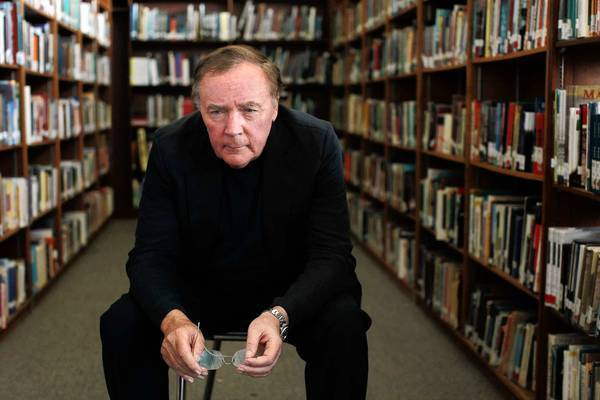 "Fiction writer James Patterson came to Venice High School on May 21 to encourage students to read and gave away copies of ""The Angel Experiement"" from his ""Maximum Ride."""