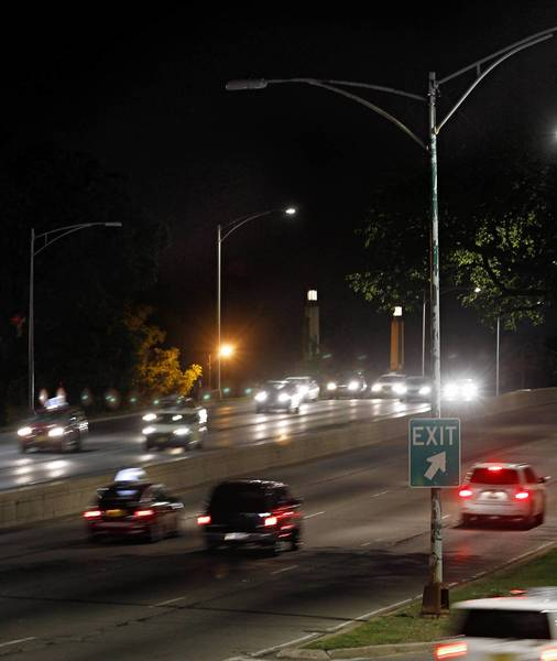 As of late last week, 35 of the new energy-saving lights along Lake Shore Drive are not working, according to the Chicago Department of Transportation.