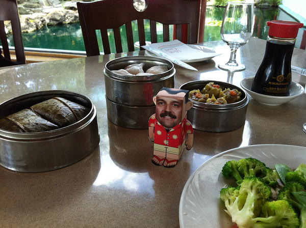 We thought that Stan deserved a lunch on the town so we took him for dim sum at Ming Court on International Drive.